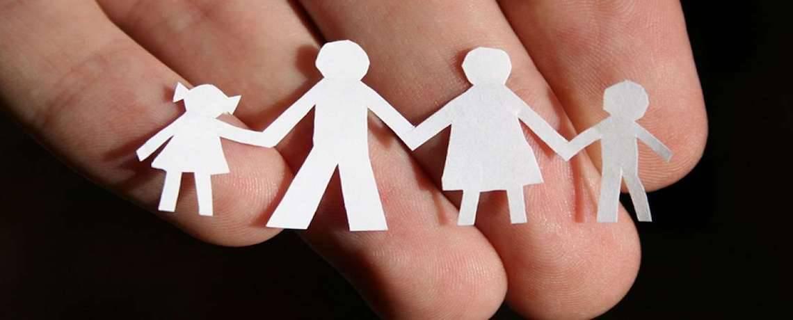 «AJUDEM A TRANSFORMAR FAMILIES»